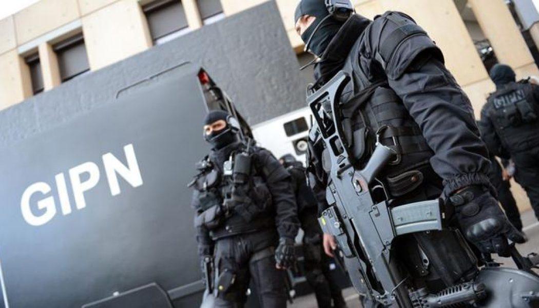 Un agent radicalisé pour surveiller les geôles du tribunal