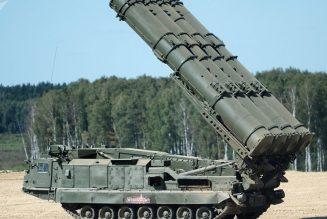 Moscou va livrer des S-300 à la Syrie