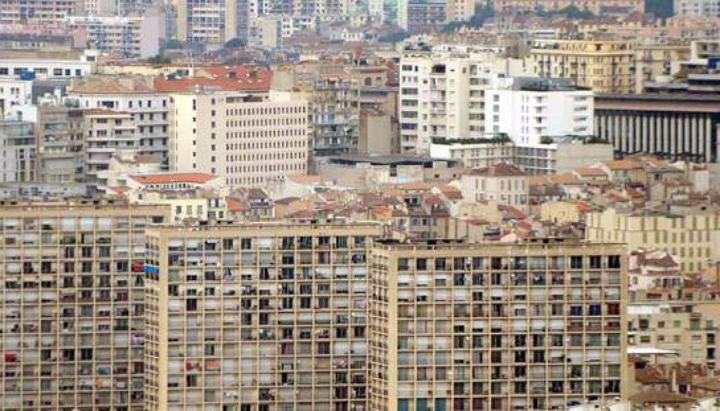 Le plan pauvreté d'Emmanuel Macron s'adresse d'abord aux «quartiers prioritaires»