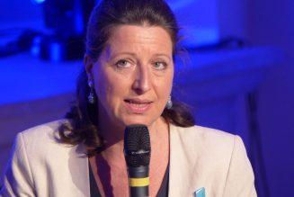 Le ministre de la Santé Agnès Buzyn injurie Marine Le Pen