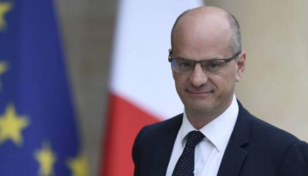 Jean-Michel Blanquer enfonce le clou du cercueil des écoles libres