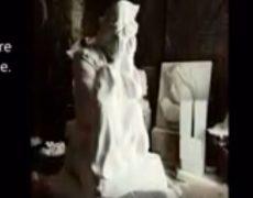 Sculpture sur pierre de Notre Dame de la Salette