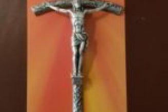 """""""Dans la croix du Christ il y a tout l'amour de Dieu, son immense miséricorde"""""""