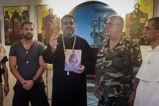 Avec les combattants chrétiens sur la ligne de front