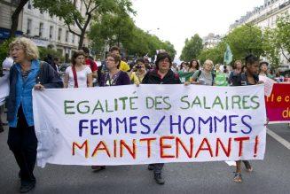 Un article révélateur de la pression anti enfant sur les jeunes femmes
