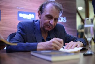 Michel Houellebecq s'exprime sur Eric Zemmour, la laïcité…