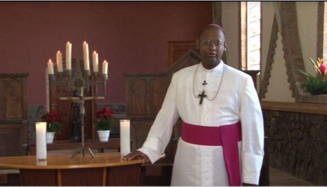 Mgr Macaire : ce n'est pas parce qu'on s'habille en civil qu'on sort du cléricalisme