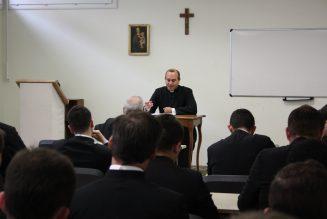 Le séminaire Saint-Vincent de Paul a besoin d'aide