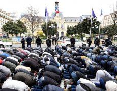 Manipulation par sondage : 40 % des musulmans victimes de comportements racistes?