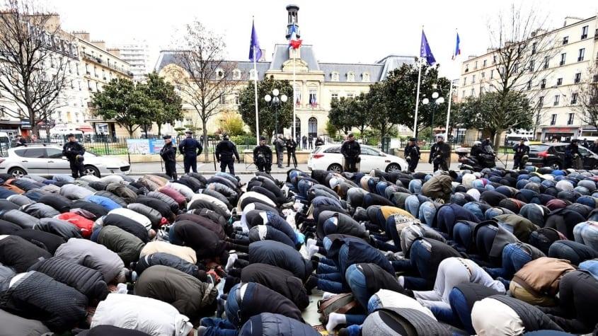 Le gouvernement nie le lien entre immigration et islamisation