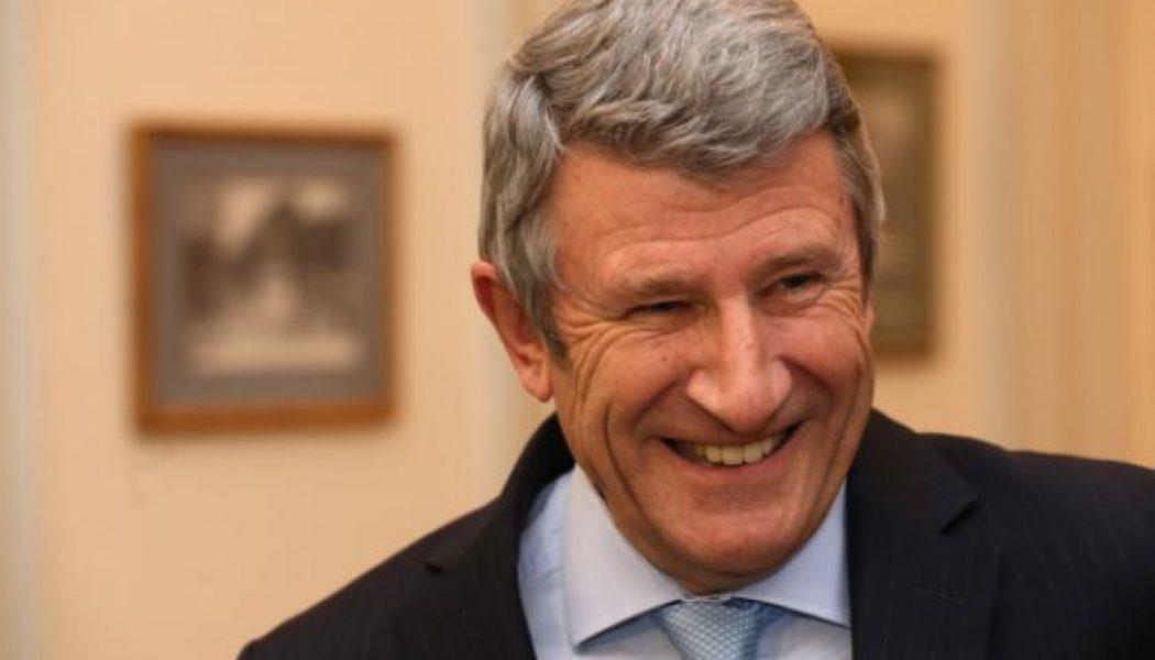 """Philippe de Villiers : """"Macron s'est """"sarkoïzé"""" à vitesse grand V"""""""