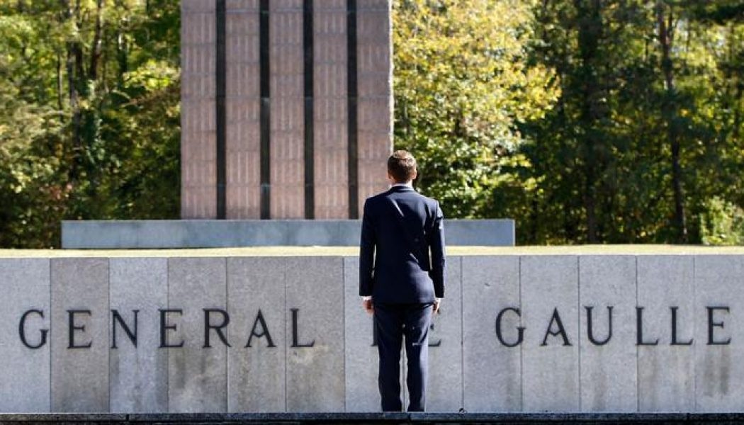 Macron en pèlerinage chez le général de division…