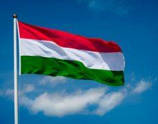 La coopération du gouvernement hongrois avec les églises a permis de réduire le nombre de divorces et d'avortements
