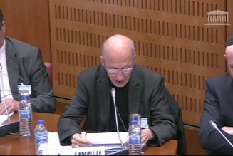 La commission de révision de la loi de bio-éthique face aux religions : positions