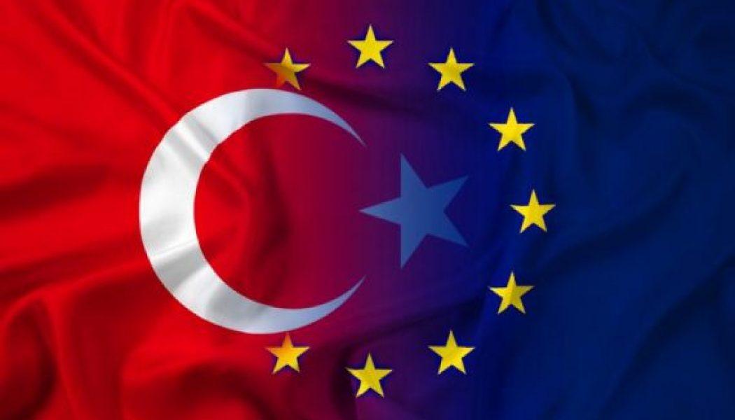 Quand Jacques Chirac demandait l'adhésion de la Turquie à l'UE