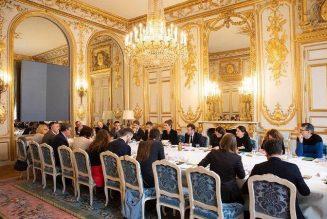 PMA : le débat n'est pas apaisé entre le lobby LGBT et le président Macron