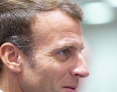 Macron : droit dans le mur, et il remet ça !