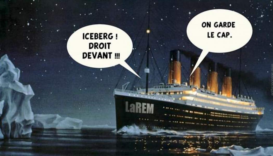 Emmanuel Macron garde le cap