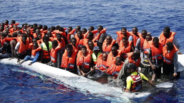 Les gilets jaunes s'inquiètent de notre capacité économique et financière à intégrer autant de migrants