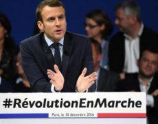 """Emmanuel Macron en campagne électorale, """"quoi qu'il en coûte"""""""