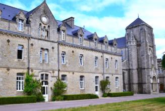 L'abbaye bretonne de Timadeuc en 3 minutes ! Histoire, fromage, pâtes de fruits…