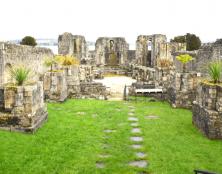 (Re)découvrez les ruines de l'abbaye bretonnes de Landévennec !