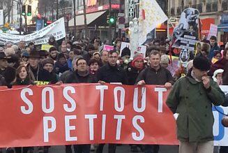 Marche pour la vie : SOS TOUT-PETITS dira le Rosaire  en fin de cortège
