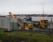 Après le mur de Donald Trump, le mur anti-migrants de Total