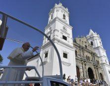 Messe et dédicace de l'autel de la basilique Santa Maria la Antigua au Panama