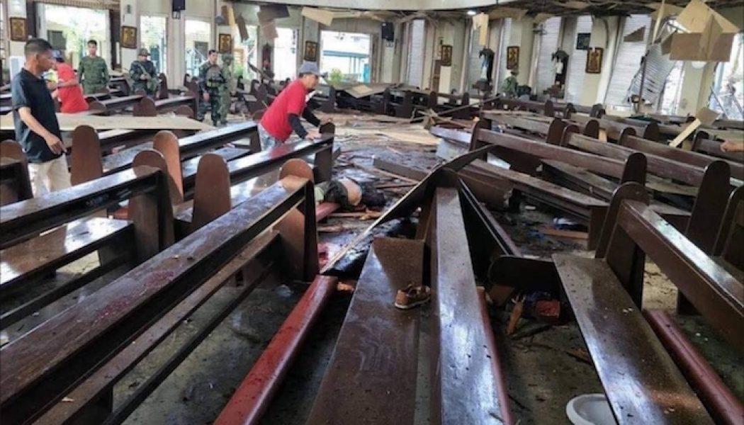 Philippines : au moins 18 morts dans un double attentat contre une cathédrale
