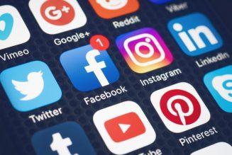 Des communautés de réseaux sociaux à la communauté humaine