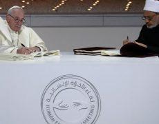 """La """"sage volonté divine"""" ne réside pas dans le pluralisme des religions, mais dans la Croix du Christ"""