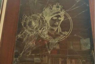 La Nouvelle Librairie attaquée par une centaine d'antifas