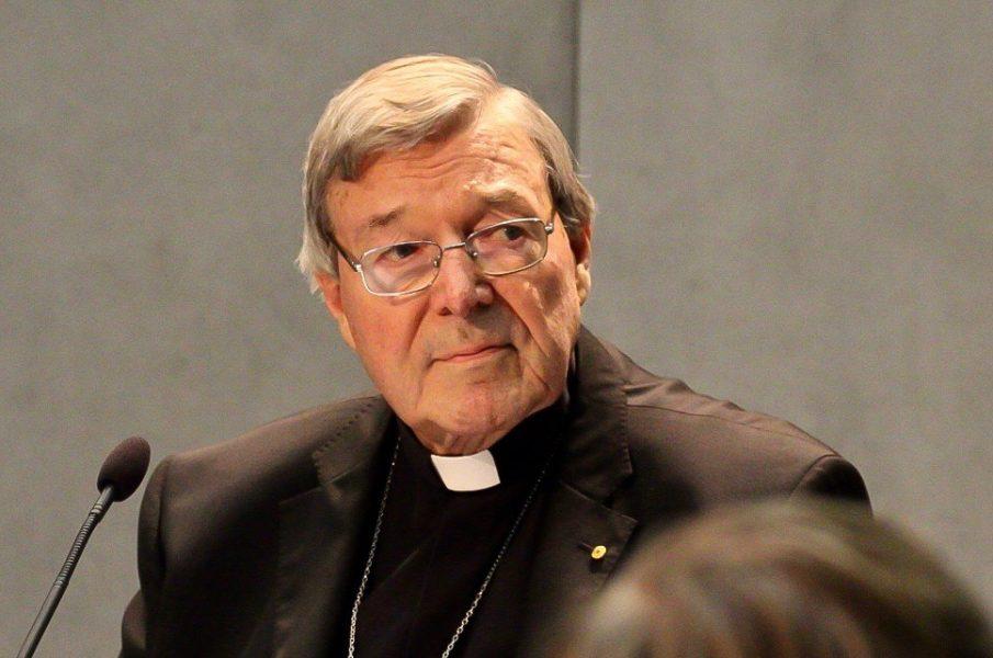 Le cardinal Pell à l'isolement, privé de bréviaire et de célébrer la messe