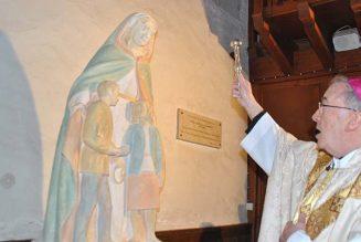 Premier anniversaire de la bénédiction de la statue de « Marie qui guérit les couples »