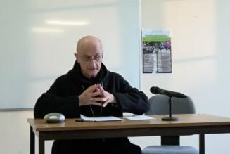 Le sacerdoce et la virginité féconde de Notre-Dame – Dom Courau