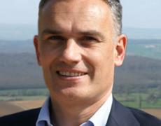 L'étrange numéro 3 de la liste LR : Arnaud Danjean proche d'Hashim Thaci, trafiquant islamiste à la tête du Kosovo