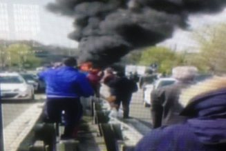 Un Sénégalais met le feu à un bus rempli d'enfants