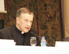 Mgr Descourtieux nouveau supérieur de la Section remplaçant Ecclesia Dei