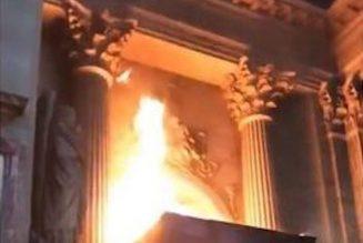 Commentaires sur l'incendie de l'église Saint-Sulpice