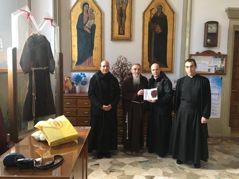 San Giovanni Rotondo cède le Mitón de Saint Padre Pío à la Fraternité sacerdotale Saint-Pie X à perpétuité
