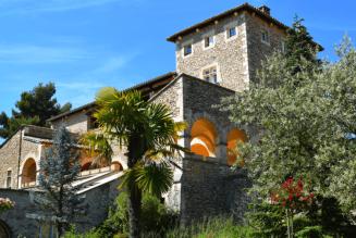 L'abbaye Notre-Dame de Bon Secours de Blauvac : son histoire, ses hosties et ses produits