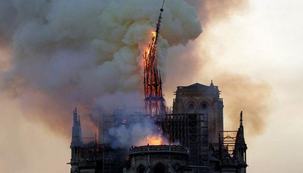 La flèche de Notre-Dame qui protégeait la France est tombée