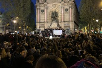 Veillée de prière de Saint-Sulpice à la place Saint-Michel