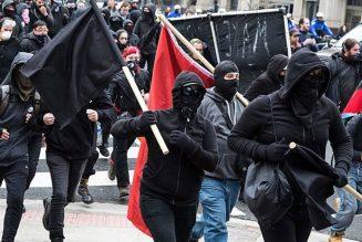Les Black Blocs, ces enfants de bourgeois qui se donnent des frissons