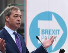 Royaume-Uni : les partis pro-Brexit caracolent en tête des sondages.