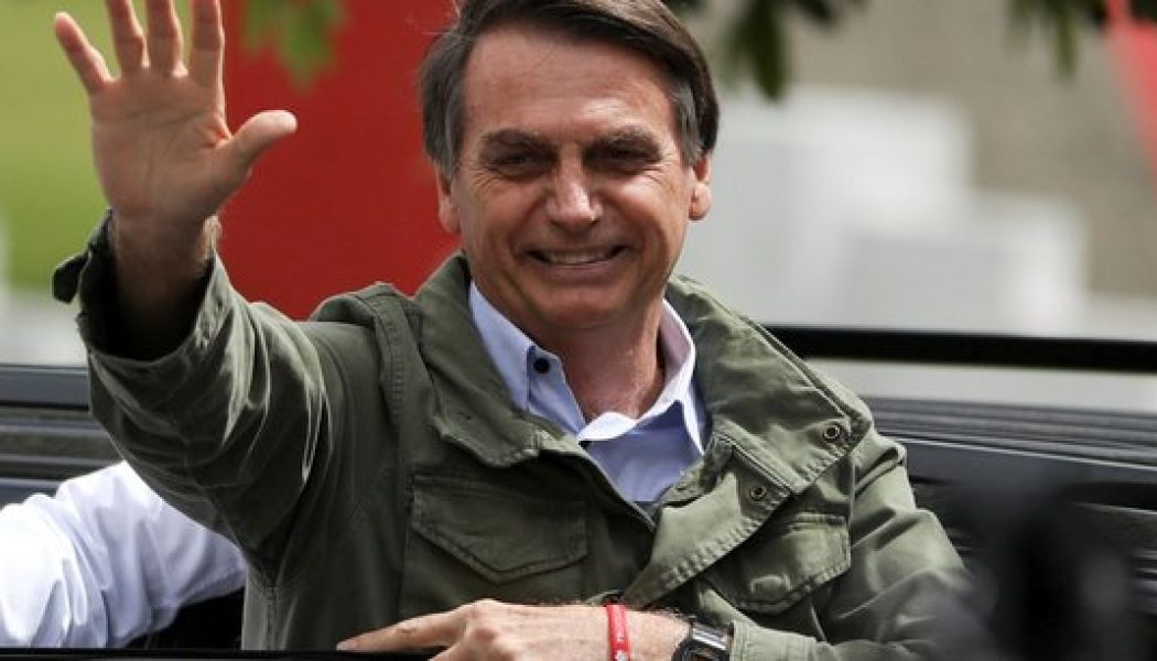 Brésil : le président lance un parti pro-vie, pro-famille
