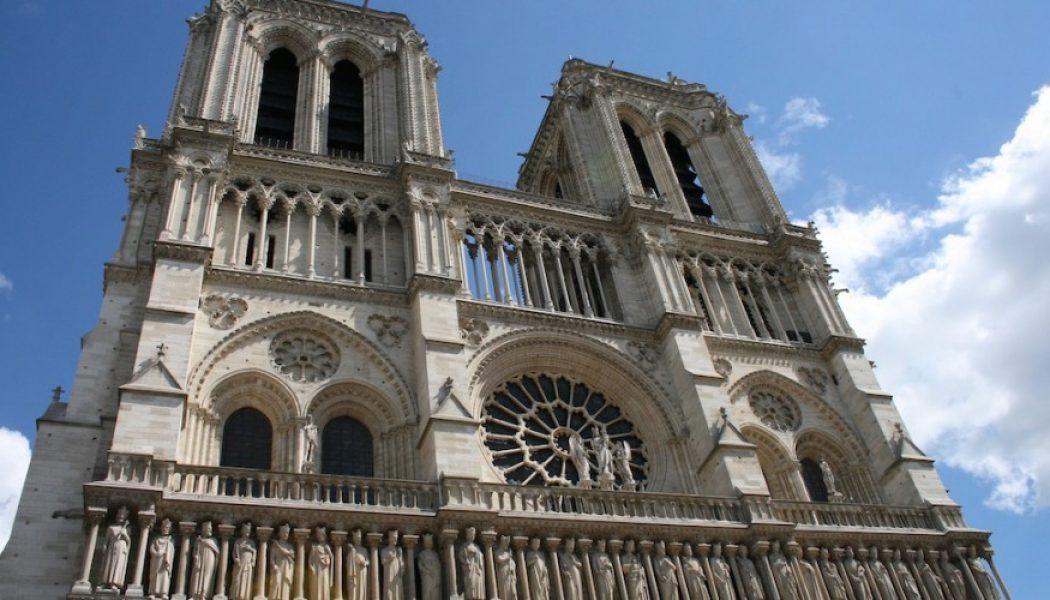A quoi cela sert-il de vouloir rebâtir la flèche de Notre-Dame si dans le même temps, l'avortement, l'euthanasie, l'union des personnes de même sexe restent promus par la République ?