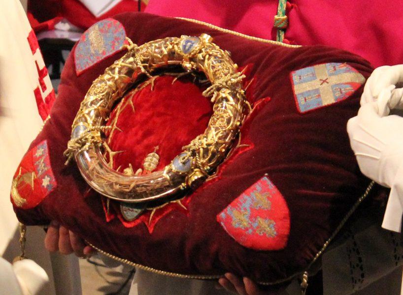 La Couronne d'épines sera portée en procession lors du Chemin de croix à Paris