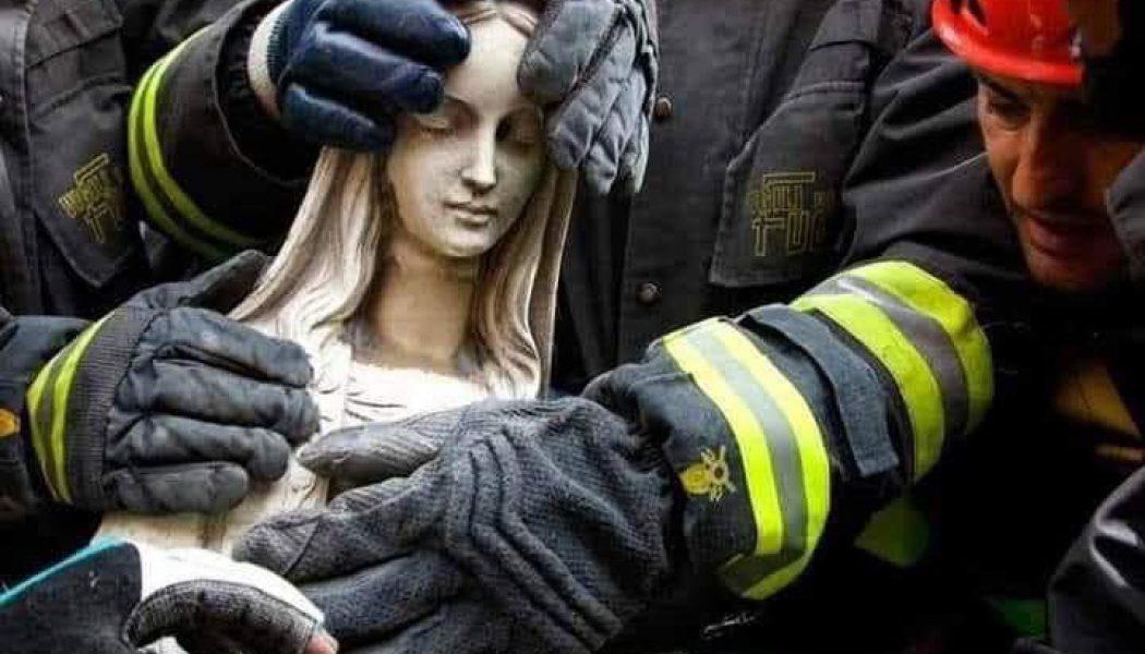 « Notre-Dame, sentinelle des âmes et des cœurs, vous renaîtrez. »